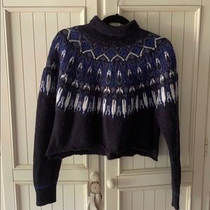 H&M cropped patterned sweater